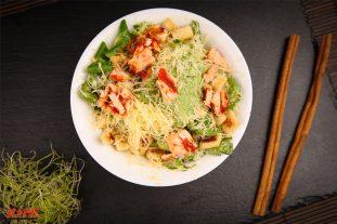 Caesar-salad-with-salmon-kobe.lv_