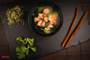 Miso zupa ar lasi